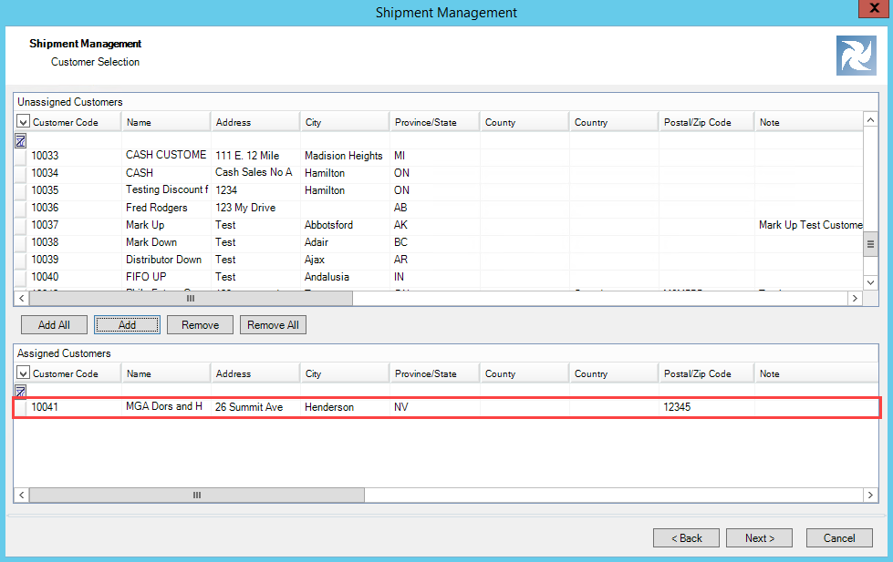Shipment Management wizard, Customer Selection page; shows an example of one customer in the Assigned Customers pane.